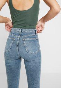 Topshop Tall - JAMIE AUSTIN - Jeans Skinny Fit - grrencast - 5
