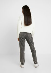 Topshop Tall - MOM - Jeans relaxed fit - grey - 2
