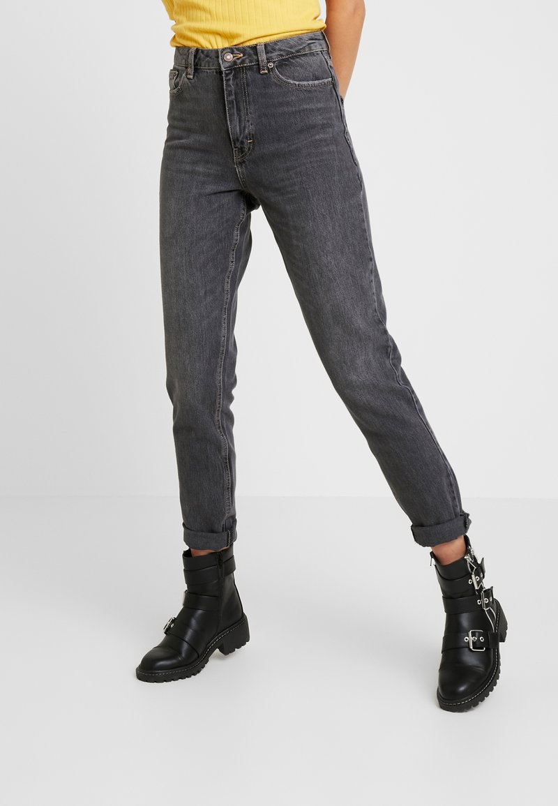 Topshop Tall - MOM  - Relaxed fit jeans - washed black