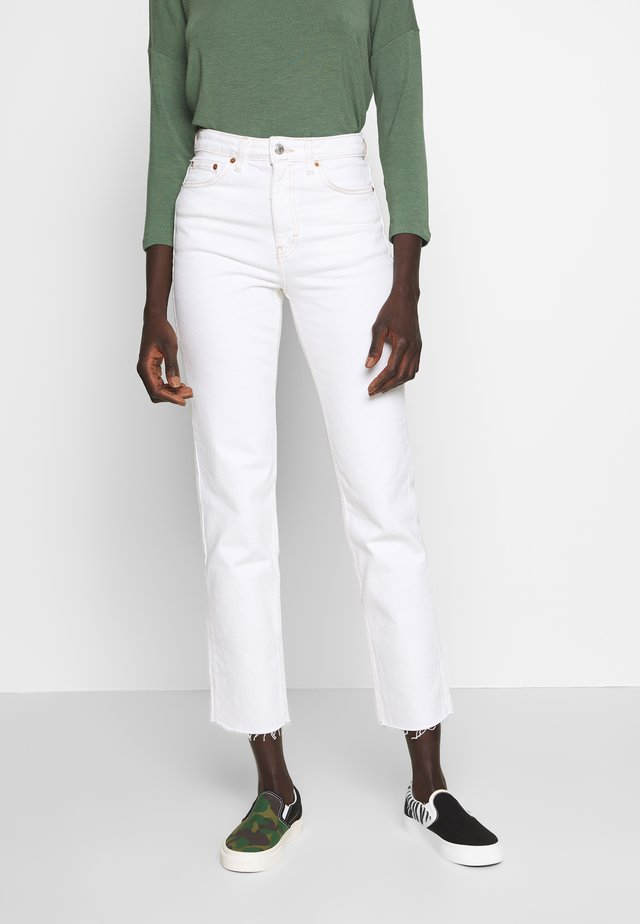 CLEAN - Jeans Straight Leg - white
