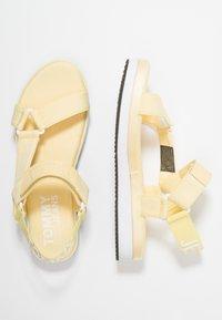 Tommy Jeans - FRESH MODERN  - Sandály na platformě - yellow - 3