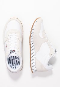 Tommy Jeans - CASUAL - Joggesko - white - 3