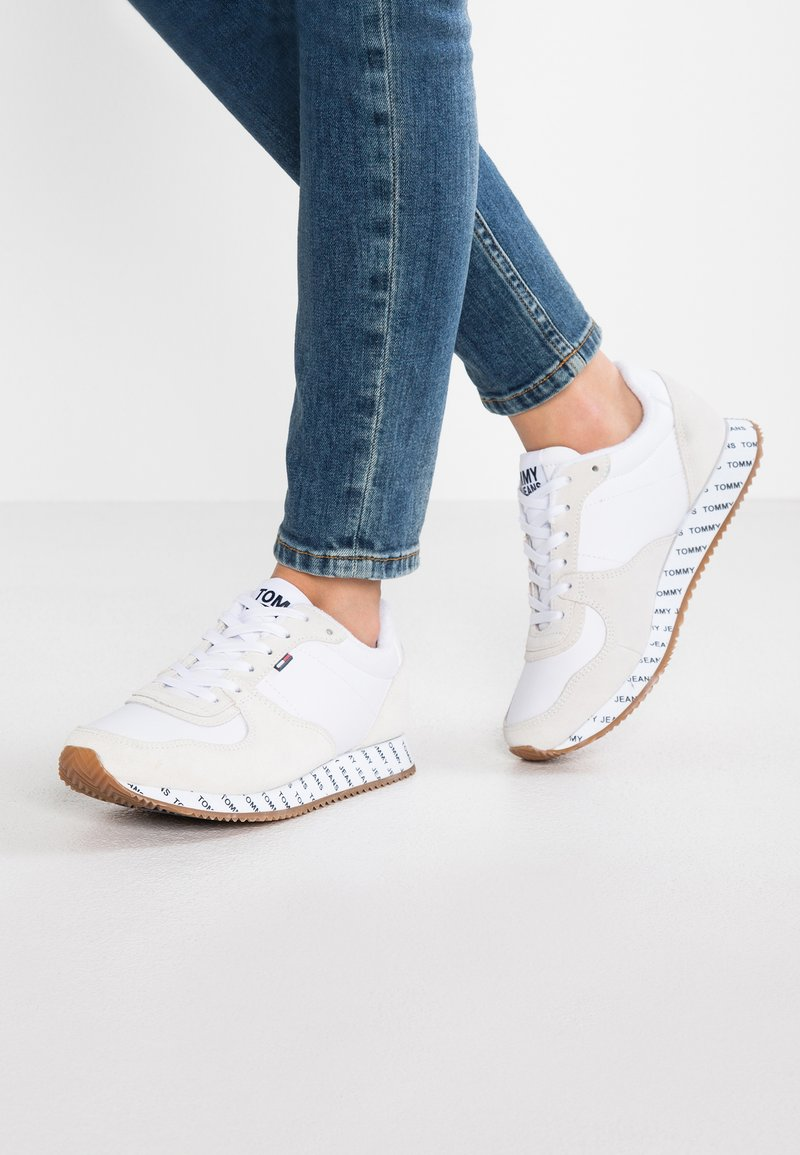 Tommy Jeans - CASUAL - Trainers - white