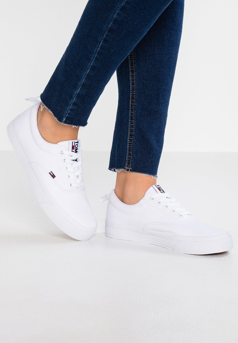 Tommy Jeans - CLASSIC  - Sneaker low - white