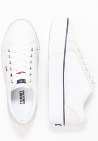 Tommy Jeans - CITY - Baskets basses - white - 3