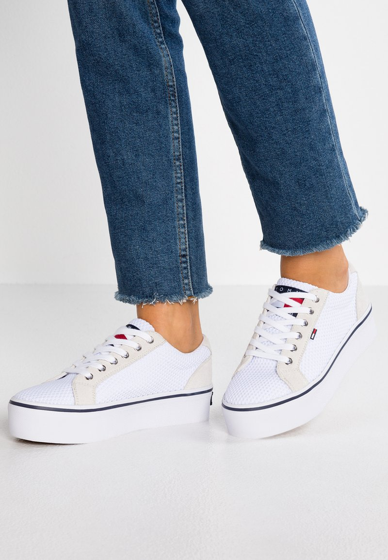 Tommy Jeans - CITY - Baskets basses - white