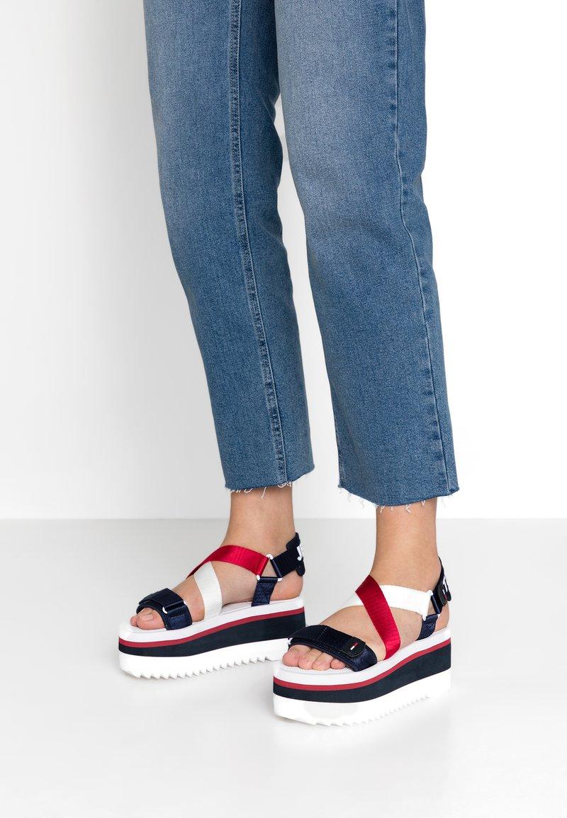 Tommy Jeans - SPORTY NEOPRENE FLATFORM - Platform sandals - red