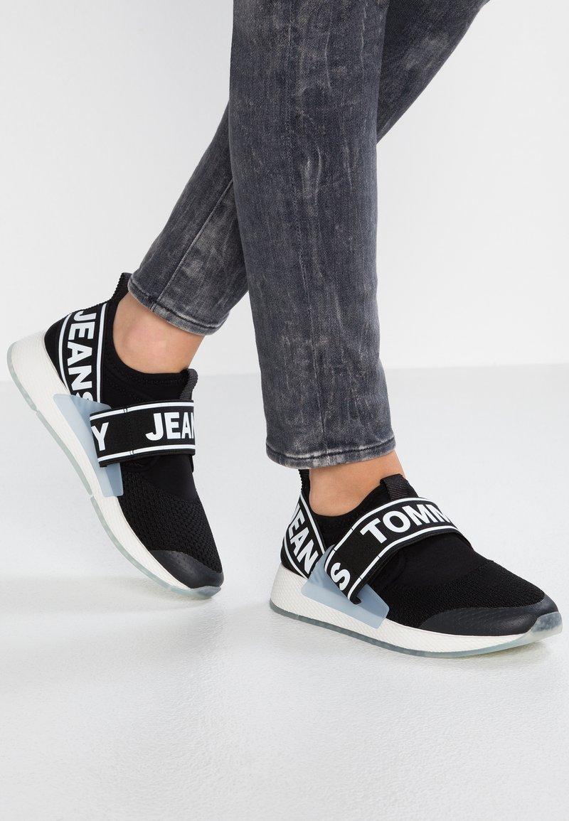 Tommy Jeans - FLEXI  - Sneaker low - black