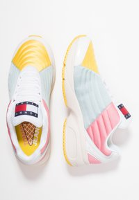 Tommy Jeans - COLOR BLOCK - Trainers - pink - 3