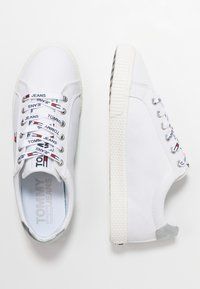Tommy Jeans - CASUAL - Sneakers - white