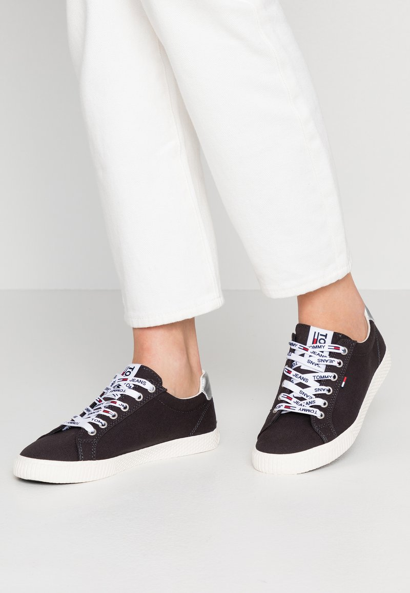 Tommy Jeans - CASUAL - Sneaker low - midnight