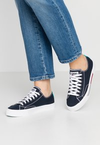 Tommy Jeans - CLASSIC - Trainers - blue - 0