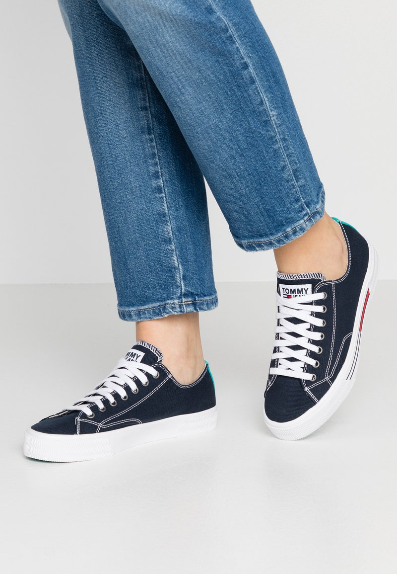 Tommy Jeans - CLASSIC - Sneakers - blue