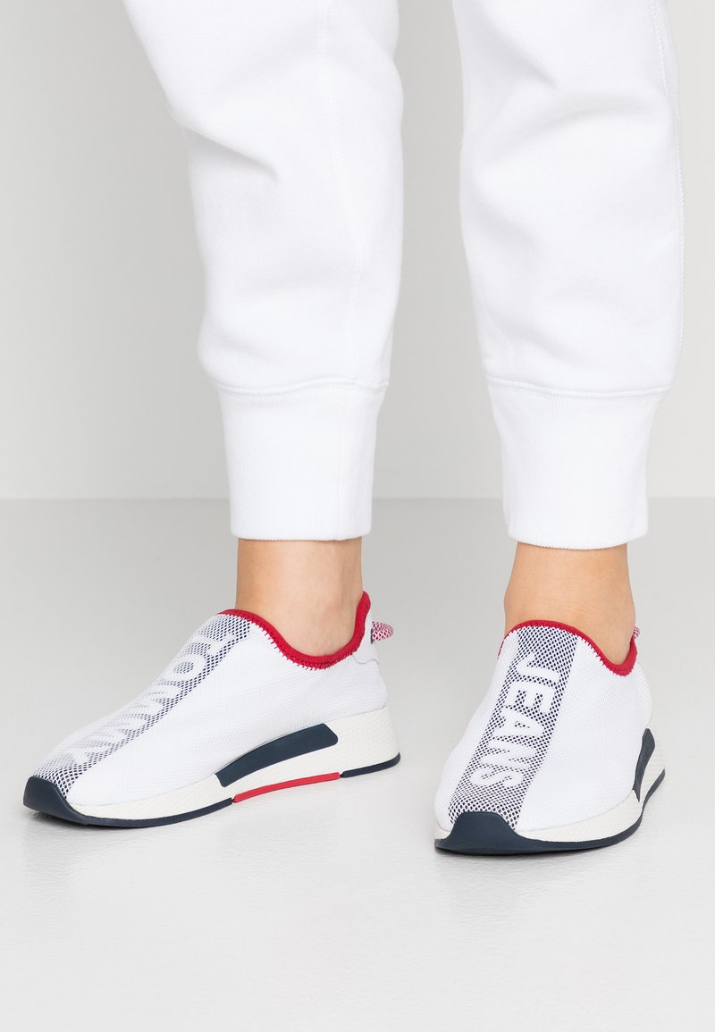 Tommy Jeans - TECHNICALFLEXI - Slip-ons - white