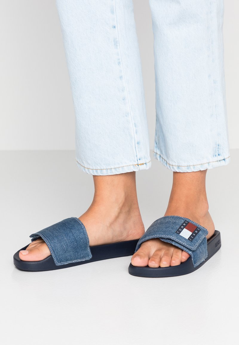 Tommy Jeans - POOL SLIDE - Pantolette flach - denim