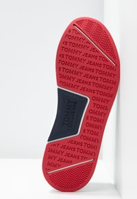 Tommy Jeans - TECHNICAL FLEXI  - Sneakers laag - red - 6