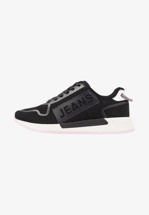 TECHNICAL FLEXI  - Sneaker low - black