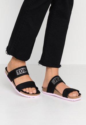 TECHNICAL FLAT - Pantofle - black