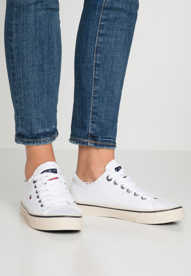 Tommy Jeans - Trainers - white