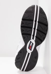 Tommy Jeans - RETRO  - Trainers - white - 6