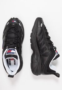 Tommy Jeans - RETRO  - Trainers - black - 3
