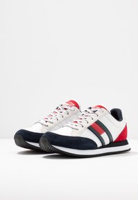 Tommy Jeans - WMNS CASUAL RETRO  - Sneaker low - red - 4
