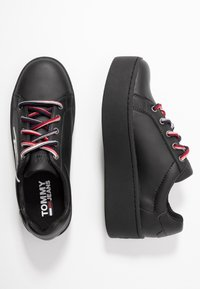 Tommy Jeans - ICON SIGNATURE FLATFORM - Sneakers laag - black - 3