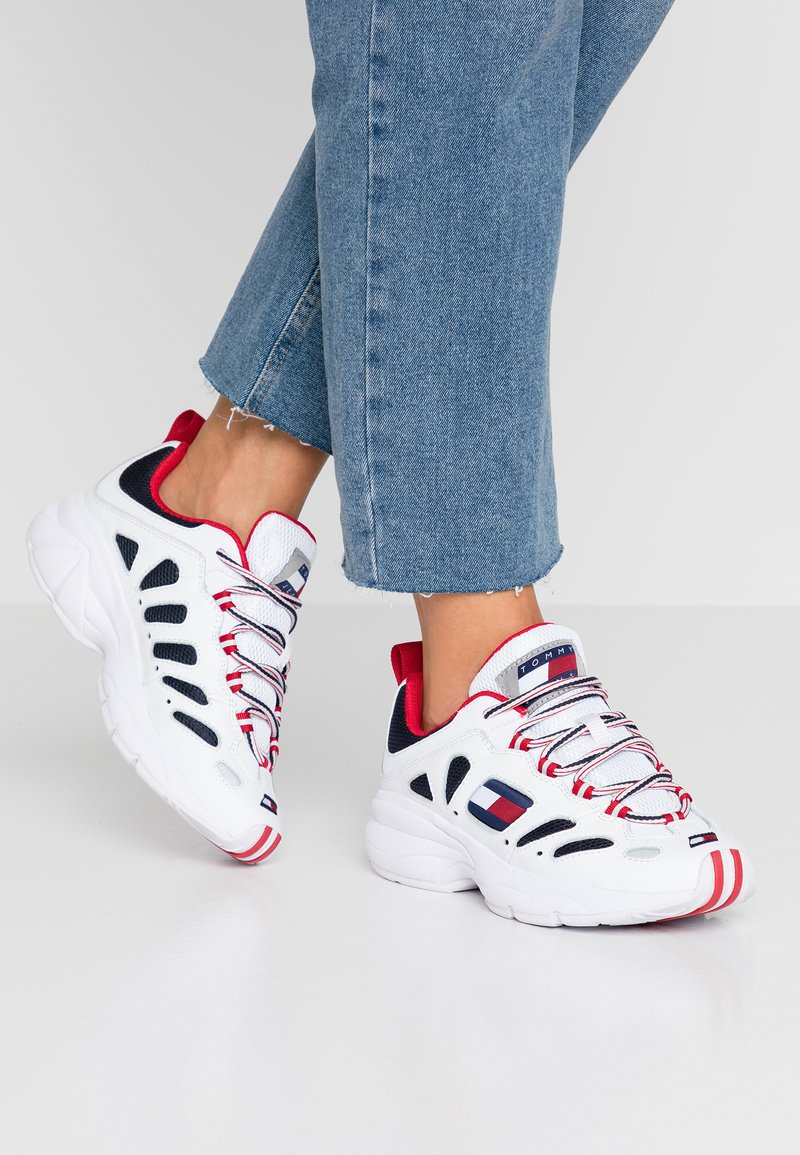 Tommy Jeans - WMNS NEVIS 1C3 - Trainers - white