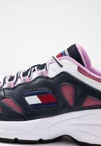 Tommy Jeans - WMNS NEVIS 1C3 - Sneakers laag - blue - 2