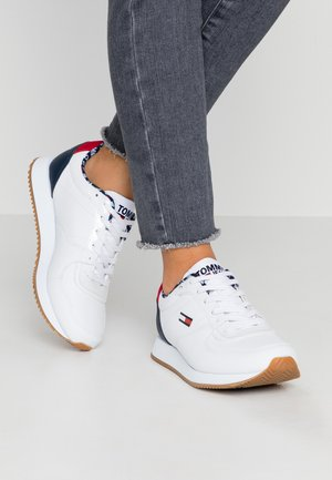 WMNS CASUAL TOMMY JEANS SNEAKER - Sneakers laag - red/white/blue