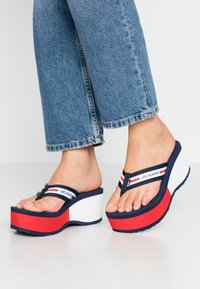 Tommy Jeans - CHUNKY TAPE BEACH SANDAL - T-bar sandals - twilight navy - 0