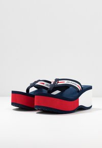 Tommy Jeans - CHUNKY TAPE BEACH SANDAL - T-bar sandals - twilight navy - 4