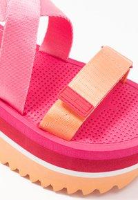 Tommy Jeans - POP COLOR FLATFORM SANDAL - Platform sandals - blush red - 2