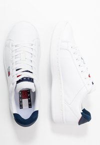 Tommy Jeans - WMNS CUPSOLE HERITAGE SNEAKER - Trainers - white - 3