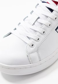 Tommy Jeans - WMNS CUPSOLE HERITAGE SNEAKER - Trainers - white - 2