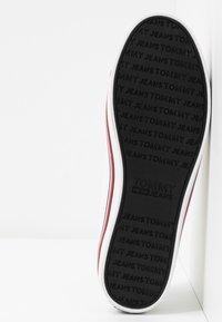 Tommy Jeans - HAZEL  - Sneaker low - white - 6