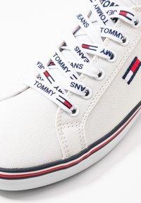 Tommy Jeans - HAZEL  - Sneaker low - white - 2