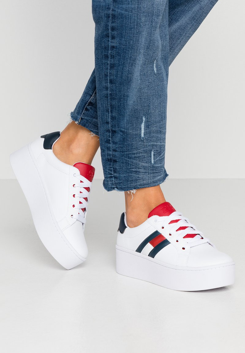 Tommy Jeans - TOMMY JEANS ICON SNEAKER - Baskets basses - red/white/blue