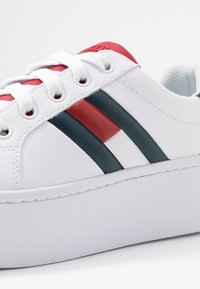Tommy Jeans - TOMMY JEANS ICON SNEAKER - Baskets basses - red/white/blue - 2