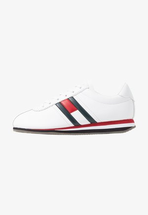 WMNS RETRO FLAG SNEAKER - Baskets basses - white
