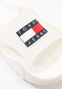 Tommy Jeans - FREEDOM  - Badslippers - white - 2