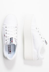 Tommy Jeans - ROXIE - Trainers - white - 3