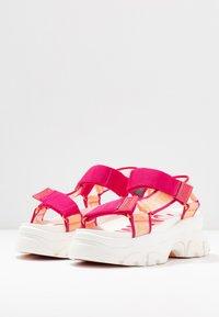 Tommy Jeans - POP COLOR HYBRID SANDAL - Platform sandals - blush red - 4