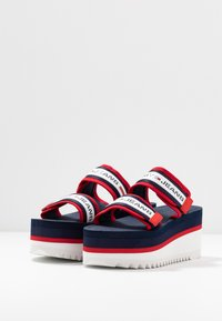 Tommy Jeans - CHUNKY TAPE FLATFORM SANDAL - Heeled mules - twilight navy - 4