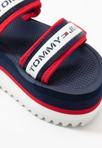 Tommy Jeans - CHUNKY TAPE FLATFORM SANDAL - Heeled mules - twilight navy - 2