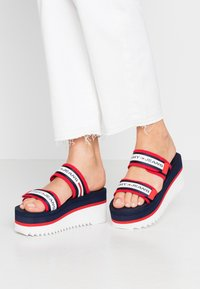 Tommy Jeans - CHUNKY TAPE FLATFORM SANDAL - Heeled mules - twilight navy - 0