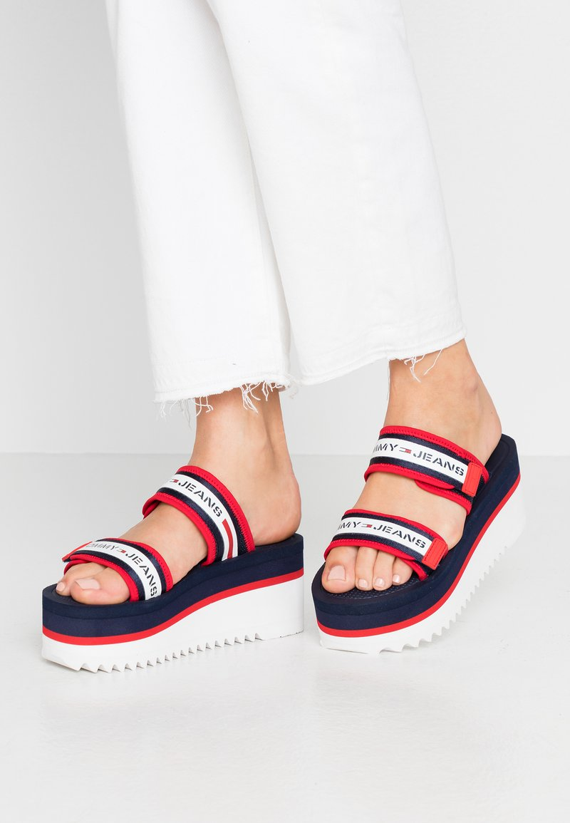 Tommy Jeans - CHUNKY TAPE FLATFORM SANDAL - Heeled mules - twilight navy