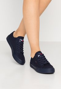 Tommy Jeans - LONG LACE UP - Sneakersy niskie - twilight navy - 0