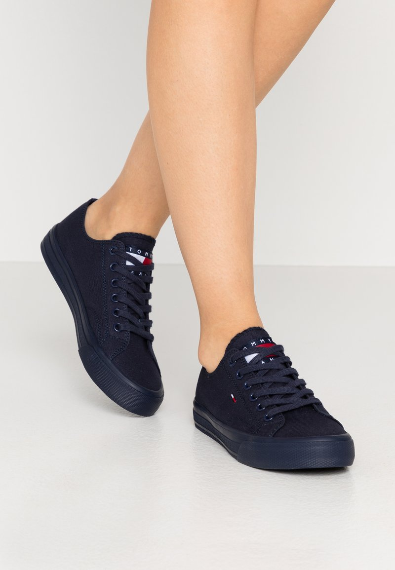 Tommy Jeans - LONG LACE UP - Sneakersy niskie - twilight navy
