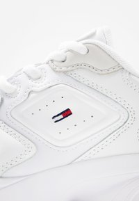 Tommy Jeans - HERITAGE  - Sneakers - white - 2